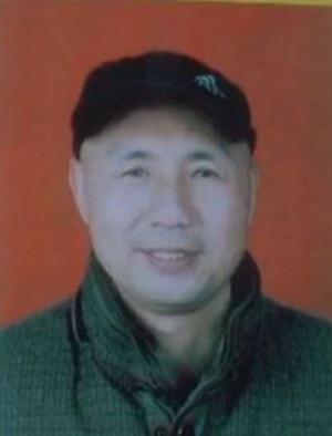 Thuyền trưởng Zhang Shunwen, người được giải cứu sau khi tàu đắm (Ảnh: China Daily)