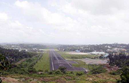 Đường băng Ấn Độ đang nâng cấp tại Port Blair (Ảnh: RT)