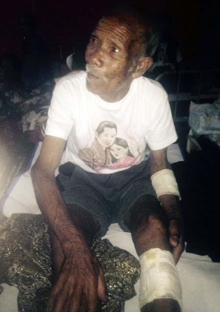 Cụ Funchu Tamang tại bệnh viện sau khi được giải cứu (Ảnh: