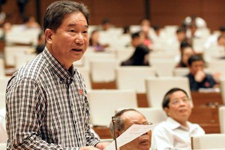 Đại biểu Nguyễn Bá Thuyền cho rằng quy định pháp luật dày đặc nhưng việc xét xử vẫn oan sai nhiều.