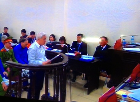 Bầu Kiên cấm giấy đọc lời cuối trước tòa