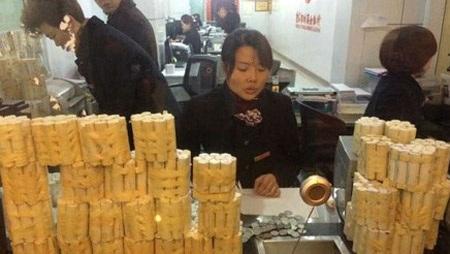 Lượng tiền xu tương đương gần 400 triệu VND (Nguồn: China Daily)