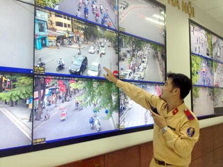 Từ camera giám sát, cảnh sát giao thông có thể biết rõ lỗi vi phạm của phương tiện