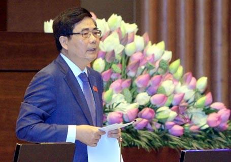 Bộ trưởng Cao Đức Phát làm rõ những vấn đề đại biểu quan tâm