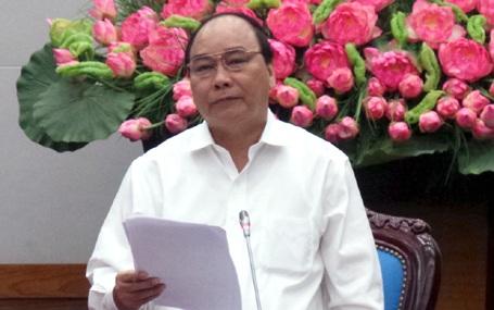 Phó Thủ tướng Nguyễn Xuân Phúc yêu cầu không để lọt người thiếu tiêu chuẩn được đặc xá