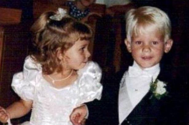 Brittney và Briggs 20 năm trước.