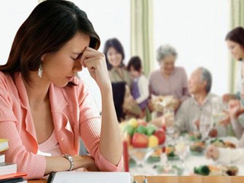 Ở riêng không yên thân với kiếp nợ nhà chồng