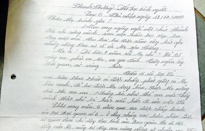 Lá thư của B viết gửi mẹ.