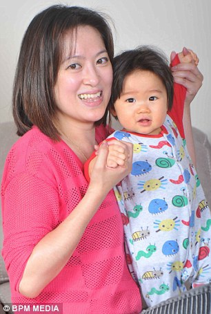Bé 3 tháng tuổi chữa bệnh thần kỳ cho mẹ nguy kịch vì bệnh tim