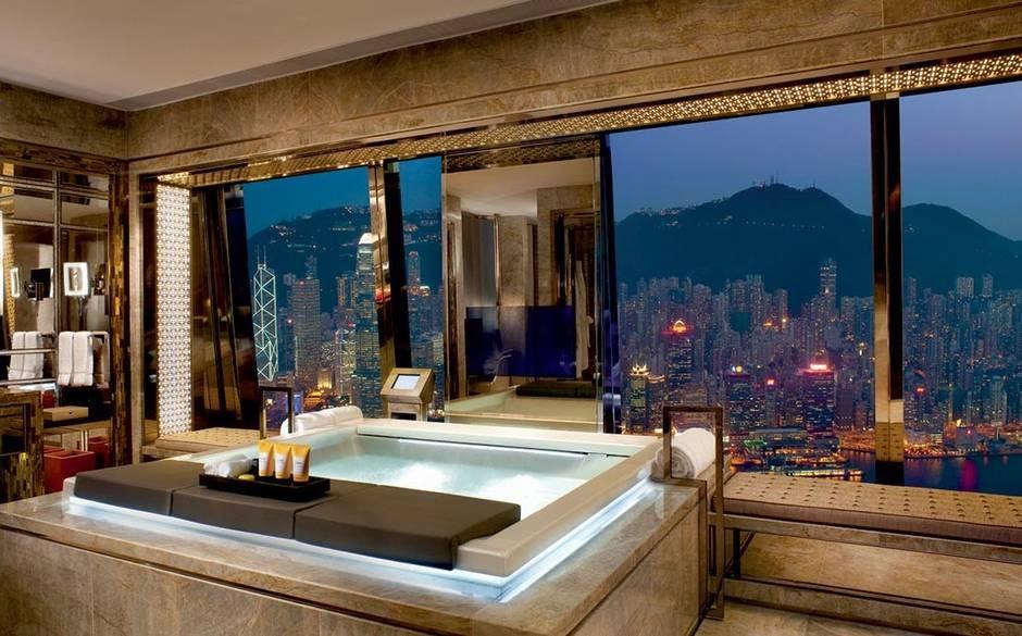 Căn phòng tắm cực kỳ yên tĩnh, thiết kế hoàn hảo của Fujiya Inn, Nhật Bản.