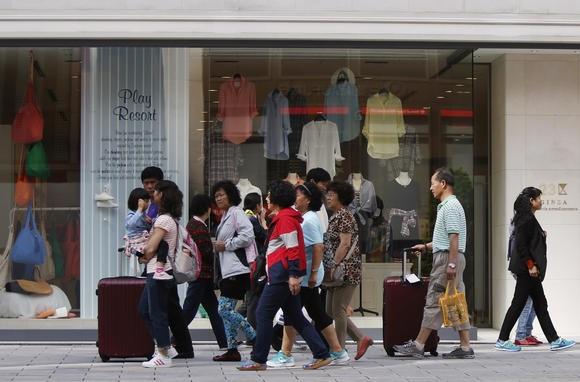 Bầm gan tím ruột vì khách Việt trộm cắp ở nước ngoài