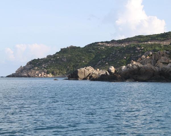 Biển trời đảo Nhơn Châu (Cu Lao Xanh)