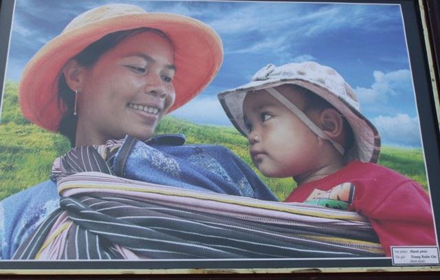 Một số hình ảnh tại triển lãm ảnh Nghệ thuật - Báo chí
