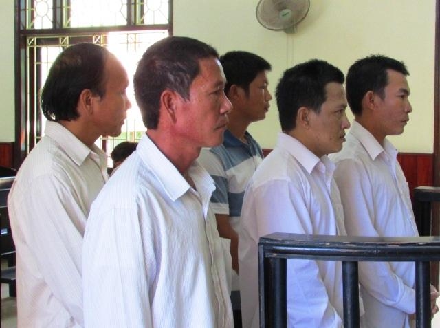 Các bị cáo tại phiên tòa xét xử sơ thẩm