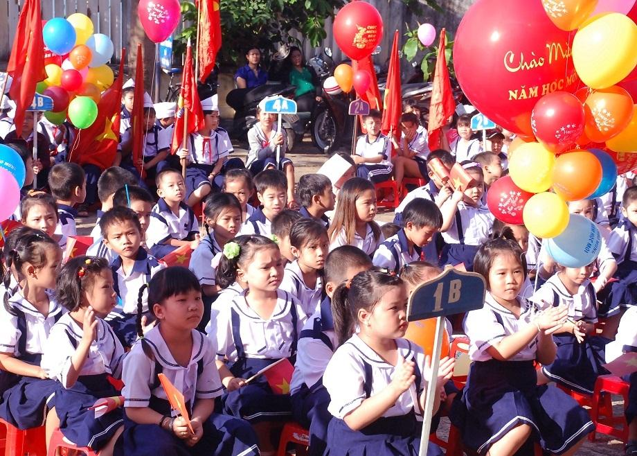 Lễ khai giảng tại trường Tiểu học Hải Cảng (TP Quy Nhơn).