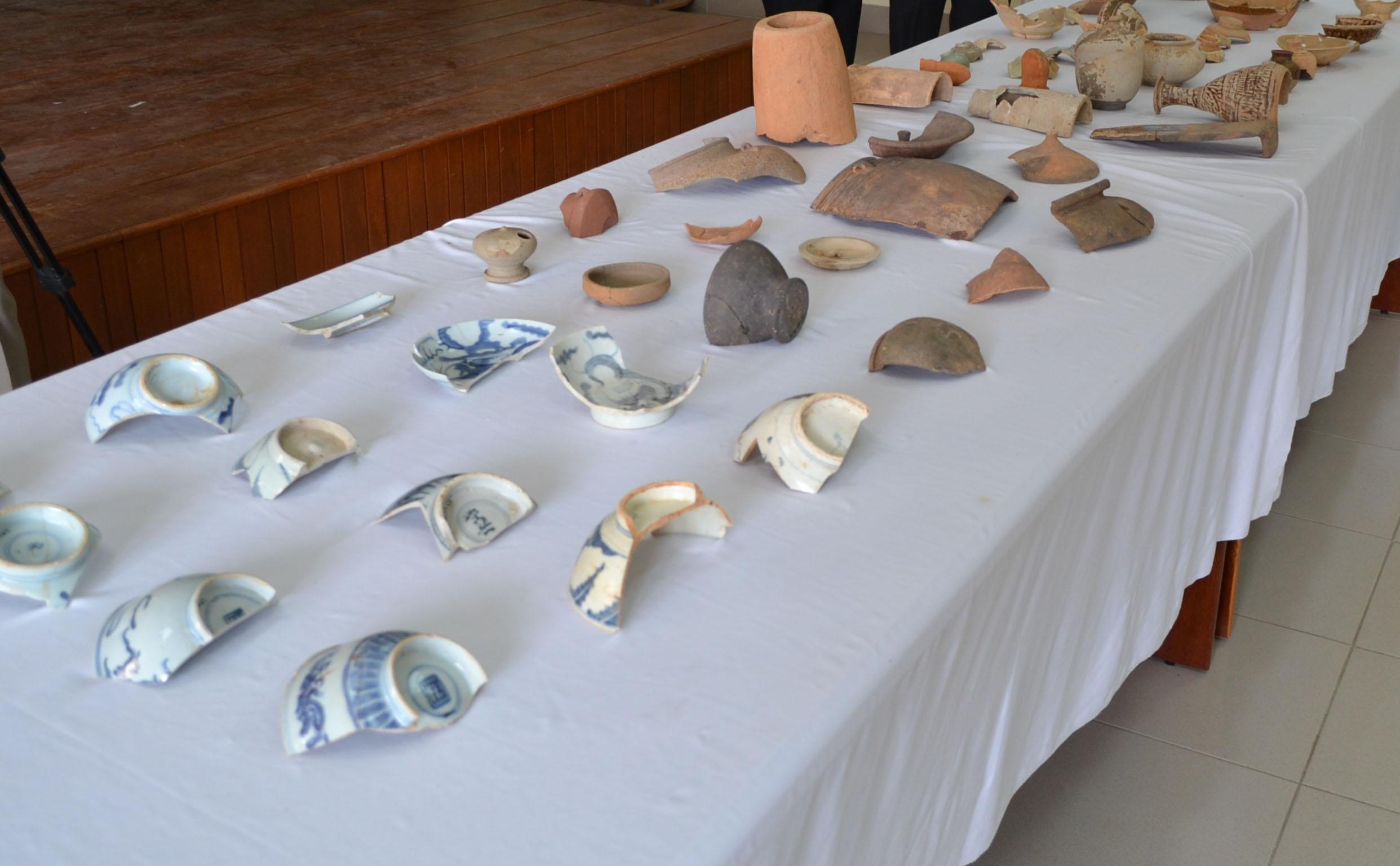 Một số hiện vật thu được trong đợt khai quật