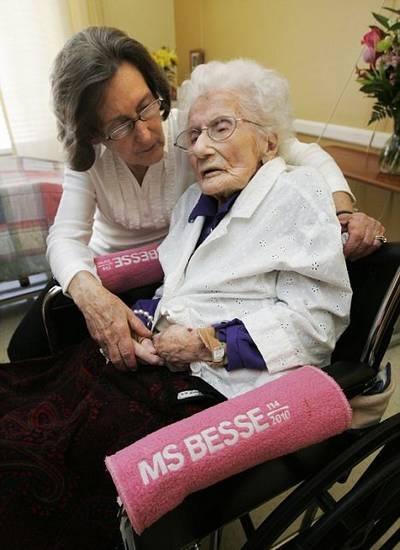 Người già nhất thế giới bước sang tuổi 115 - 3