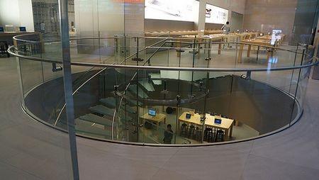 Bên trong cửa hàng Apple Store lớn nhất thế giới - 14