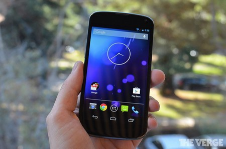 Giao diện Android 4.2 trên Nexus 4