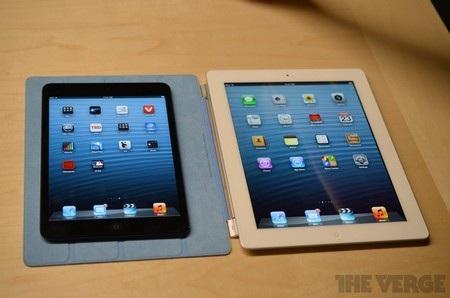 """iPad mini """"đọ dáng"""" với iPad 2"""