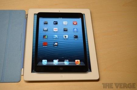 Kích thước nhỏ hơn hẳn so với iPad 2