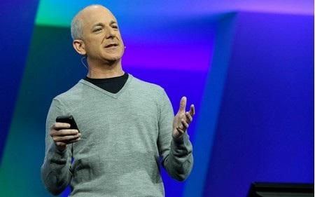 """""""Cha đẻ"""" Windows 8 giải thích lý do rời bỏ Microsoft"""