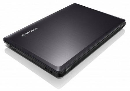 Thiết kế thon gọn, lạ mắt so với các notebook business của Lenovo