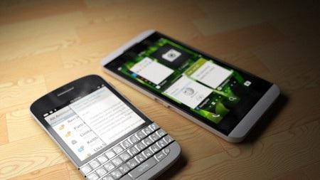 BlackBerry N10 với BlackBerry X10, bộ đôi smartphone đầu tiên sử dụng nền tảng BlackBerry 10