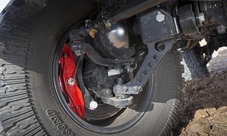 Xe được trang bị một hệ thống treo vững chắc