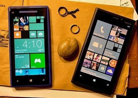 HTC Windows Phone 8X và Lumia 928, bộ đôi smartphone sử dụng nền tảng Windows Phone 8 đầu tiên