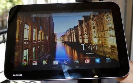Excite Pro với màn hình có độ phân giải siêu nét