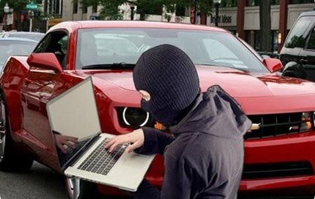 Những chiếc xe ô tô đời mới sẽ sớm trở thành mục tiêu của các tin tặc (Ảnh minh họa)