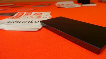 Video thực tế Ubuntu Edge:
