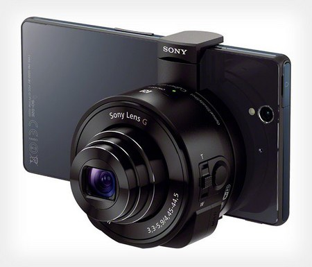 Ống kính đặc biệt gắn vào mặt sau của smartphone để biến sản phẩm thành máy ảnh chuyên nghiệp