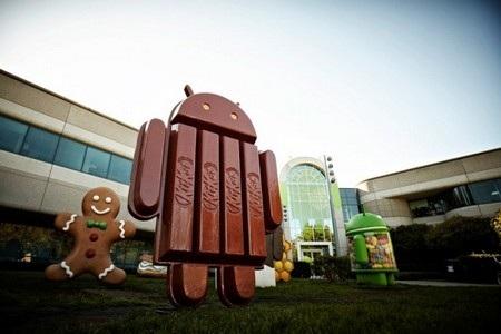 Bức tượng tương ứng với tên gọi mới của Android đã được dựng lên tại trụ sở của Google