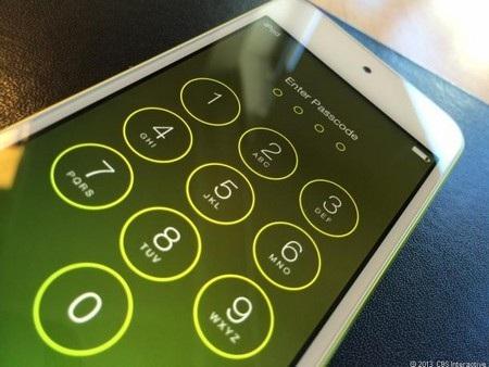 """""""BlackBerry 'bán mình' với giá rẻ"""" là điểm nhấn công nghệ tuần qua"""