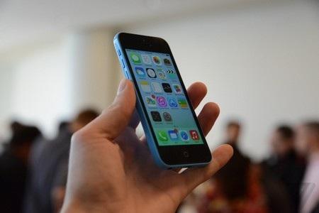 Video giới thiệu về iPhone 5C của Apple: