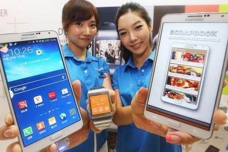 Hiện tại Galaxy Gear chỉ tương thích và hỗ trợ Galaxy Note 3