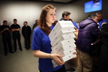 """""""Nexus 5 trình làng"""" là điểm nhấn của làng công nghệ tuần qua"""