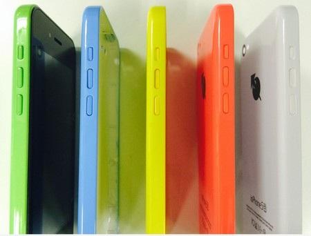 ioPhone 5 có thiết kế và lớp vỏ bề ngoài giống hệt iPhone 5C
