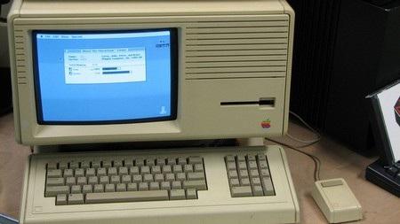 Nhìn lại 30 năm tồn tại và phát triển dòng máy tính Mac của Apple