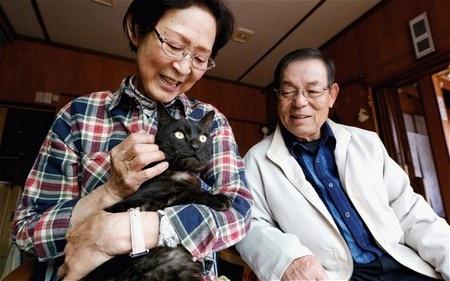 Vợ chồng nhà Yamagishi rất hạnh phúc khi được tái ngộ với vật cưng của mình sau 3 năm thất lạc