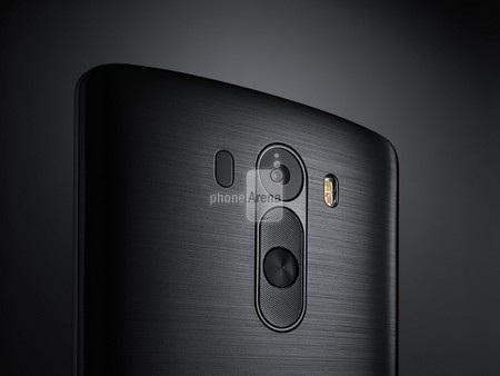 Mặt sau của LG G3 với đèn flash kép và nút bấm bí ẩn cạnh camera
