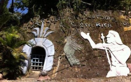 Đường vào hệ thống ngầm đặc biệt do chính tay ông Manuel Barrantes đào