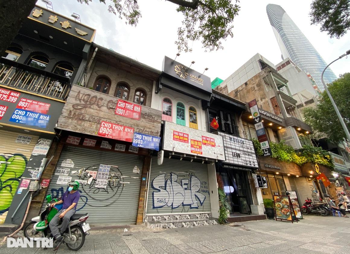 Tràn ngập biển cho thuê, bán nhà trên các tuyến phố trung tâm Sài Gòn - 10