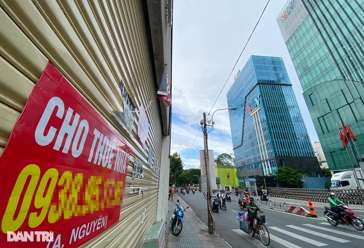 Tràn ngập biển cho thuê, bán nhà trên các tuyến phố trung tâm Sài Gòn - 21