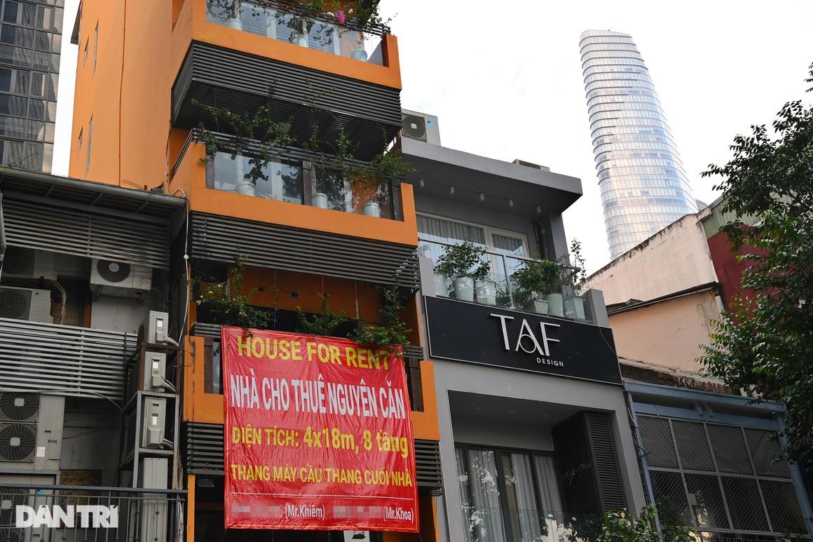 Tràn ngập biển cho thuê, bán nhà trên các tuyến phố trung tâm Sài Gòn - 11