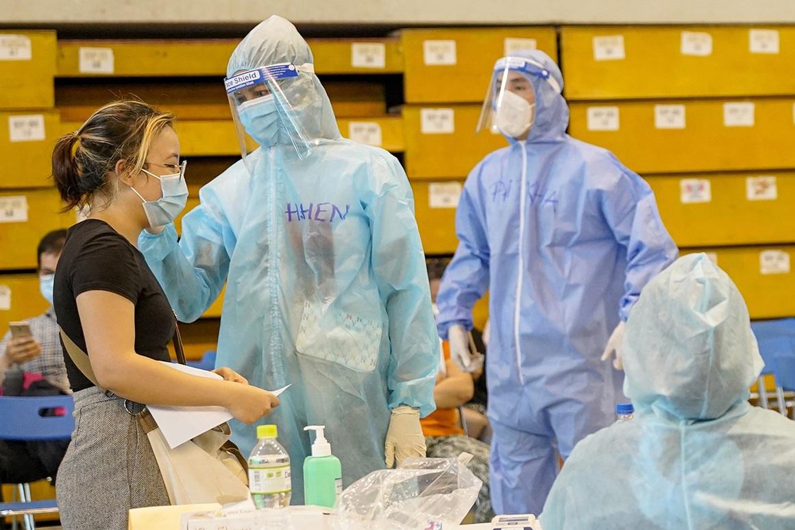 Theo chân 300 sinh viên Hải Dương giúp TPHCM chống dịch giữa ồn ào dư luận - 13
