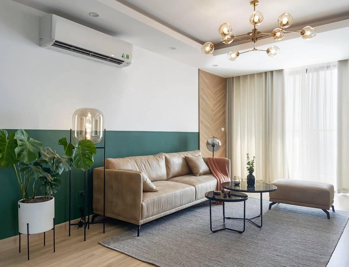 Ngắm căn hộ của gia chủ khó tính: Nội thất đẹp, lạ với tông màu xanh đậm - 1