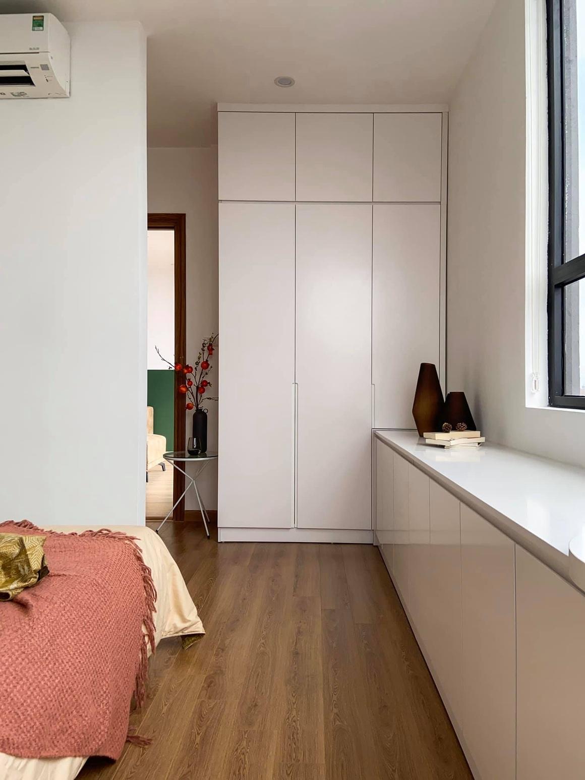 Ngắm căn hộ của gia chủ khó tính: Nội thất đẹp, lạ với tông màu xanh đậm - 16